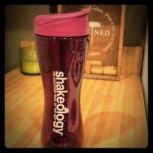 Shakeology shaker bottle